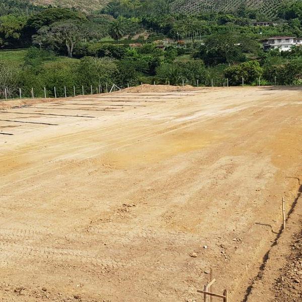 Construcción de Cancha en Calle Larga (4)