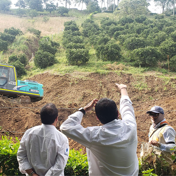 Construcción de Escuela en El Playón (2)
